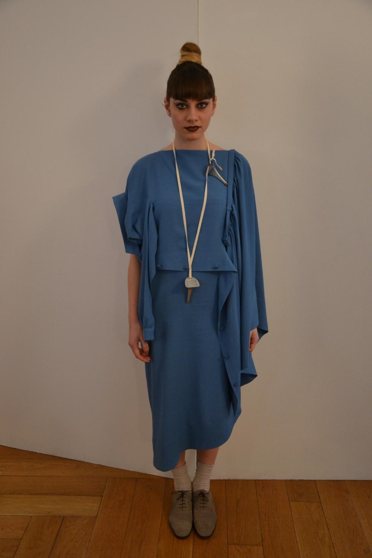 Marzia Peragine indossa un abito della collezione Maison Martin Margiela per HM
